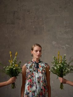 Erdem-and-HM-capsule-collection-the-impression-21