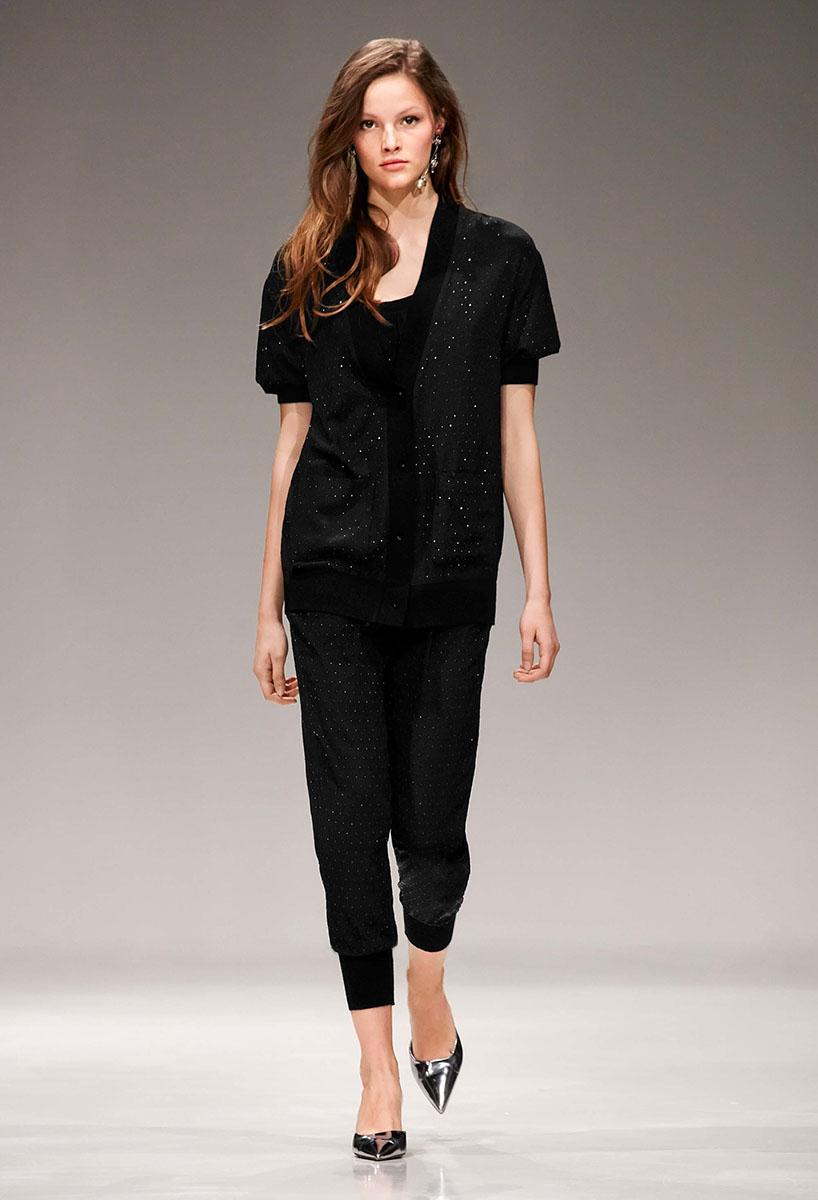 Escada-resort-2017-fashion-show-the-impression-20