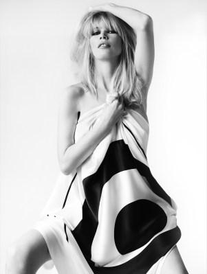 Claudia Schiffer | Mario Testino - 2010