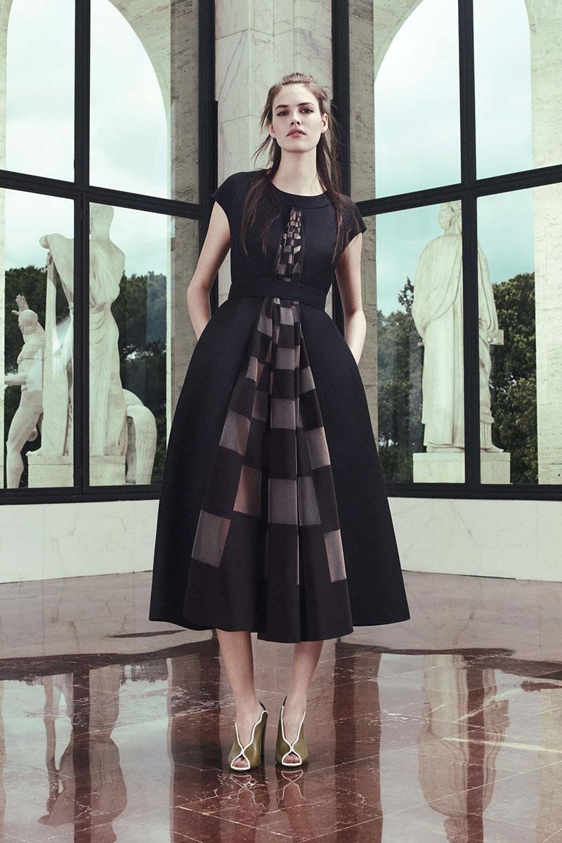 Fendi-resort-2017-fashion-show-the-impression-11