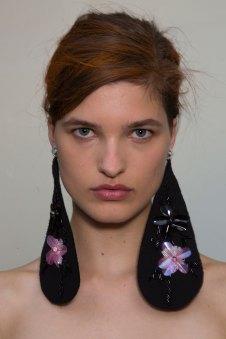 GIAMBATTISTA-VALLI-backstage-fall-2015-couture-the-impression-077