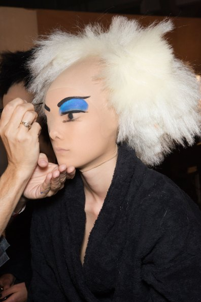 Gareth-Pugh-beauty-spring-2016-fashion-show-the-impression-115