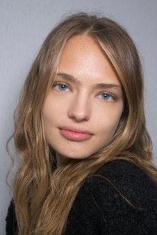 Giambattista-valli-spring-2016-beauty-fashion-show-the-impression-04
