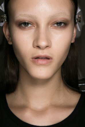 Givenchy-beauty-spring-2016-fashion-show-the-impression-20