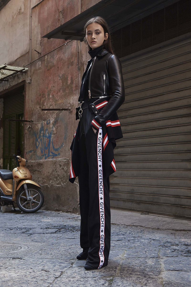 Givenchy-resort-2017-fashion-show-the-impression-17