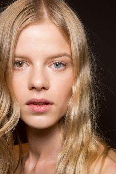Gucci0-backsatge-beauty-spring-2016-fashion-show-the-impression-027