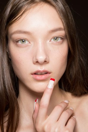 Gucci0-backsatge-beauty-spring-2016-fashion-show-the-impression-035