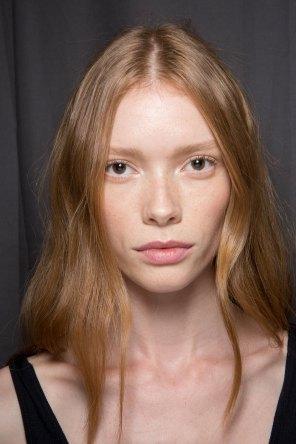 Gucci0-backsatge-beauty-spring-2016-fashion-show-the-impression-071
