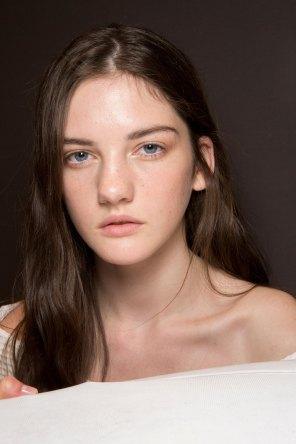 Gucci0-backsatge-beauty-spring-2016-fashion-show-the-impression-080