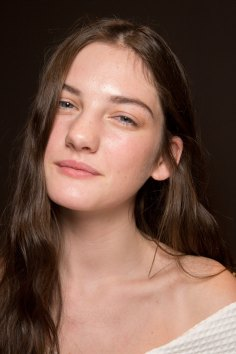 Gucci0-backsatge-beauty-spring-2016-fashion-show-the-impression-083