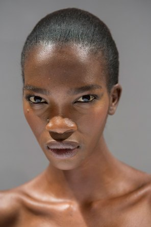 Gucci0-backsatge-beauty-spring-2016-fashion-show-the-impression-105