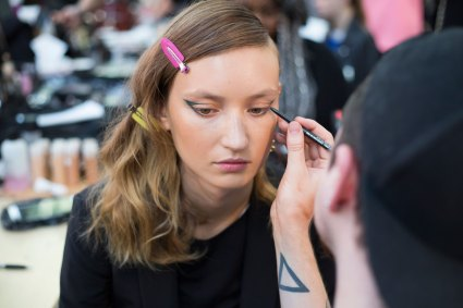 Guy-Laroche-spring-2016-beauty-fashion-show-the-impression-10