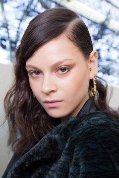 Guy-Laroche-spring-2016-beauty-fashion-show-the-impression-33