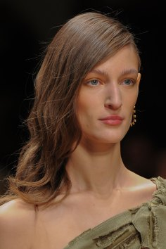 Guy-Laroche-spring-2016-runway-beauty-fashion-show-the-impression-15