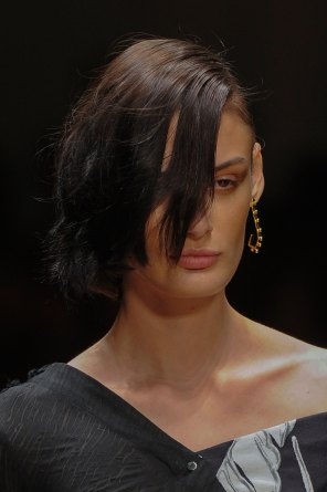 Guy-Laroche-spring-2016-runway-beauty-fashion-show-the-impression-36