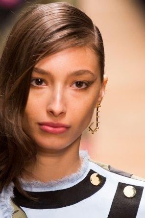 Guy-Laroche-spring-2016-runway-beauty-fashion-show-the-impression-51