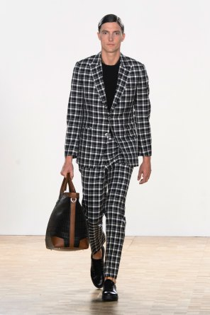 Hardy-Amies-spring-2016-mens-show-the-impression-10