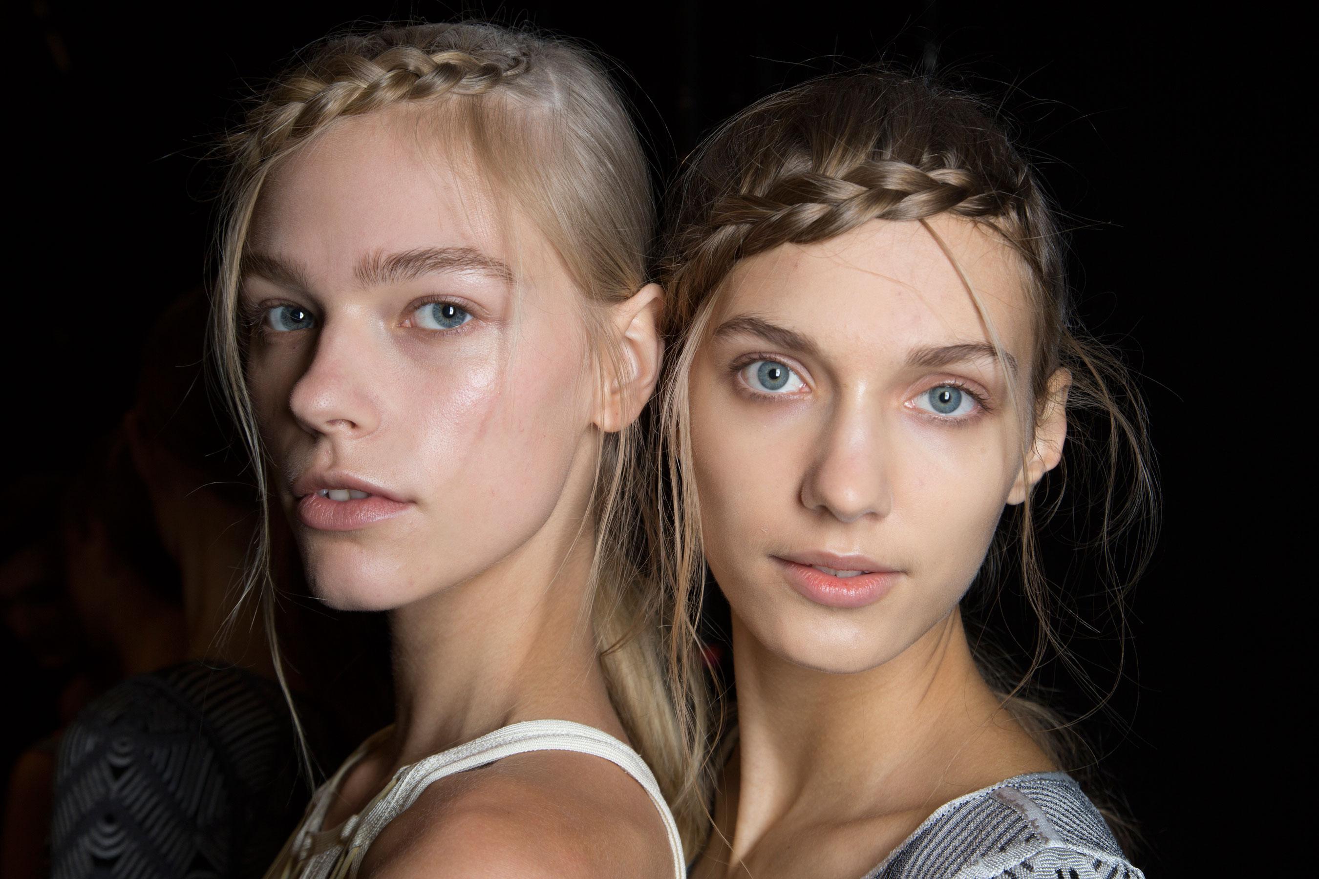 Herve-Leger-backstage-beauty-spring-2016-fashion-show-the-impression-79