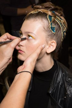 IM-Isola-Marras-spring-2016-beauty-fashion-show-the-impression-01