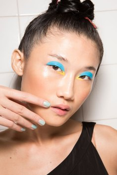 IM-Isola-Marras-spring-2016-beauty-fashion-show-the-impression-49