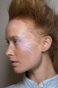 Issey-Miyake-spring-2016-beauty-fashion-show-the-impression-44