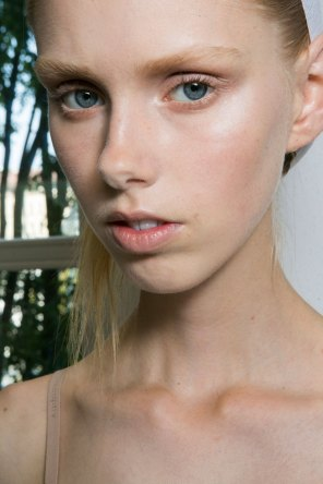 Jil-Sander-backstage-beauty-spring-2016-close-up-fashion-show-the-impression-003