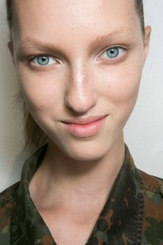 Jil-Sander-backstage-beauty-spring-2016-close-up-fashion-show-the-impression-011