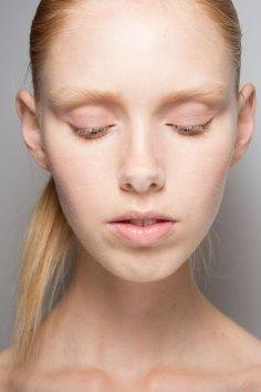 Jil-Sander-backstage-beauty-spring-2016-close-up-fashion-show-the-impression-043
