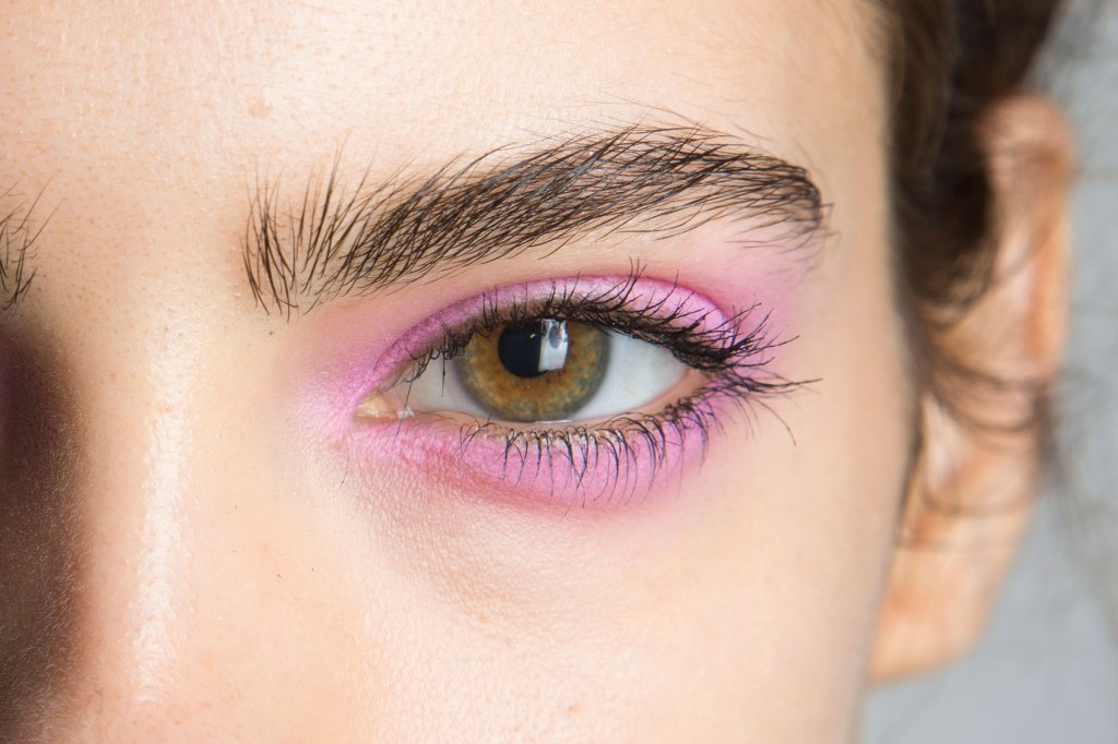 Jill-Stuart-backstage-beauty-spring-2016-fashion-show-the-impression-08