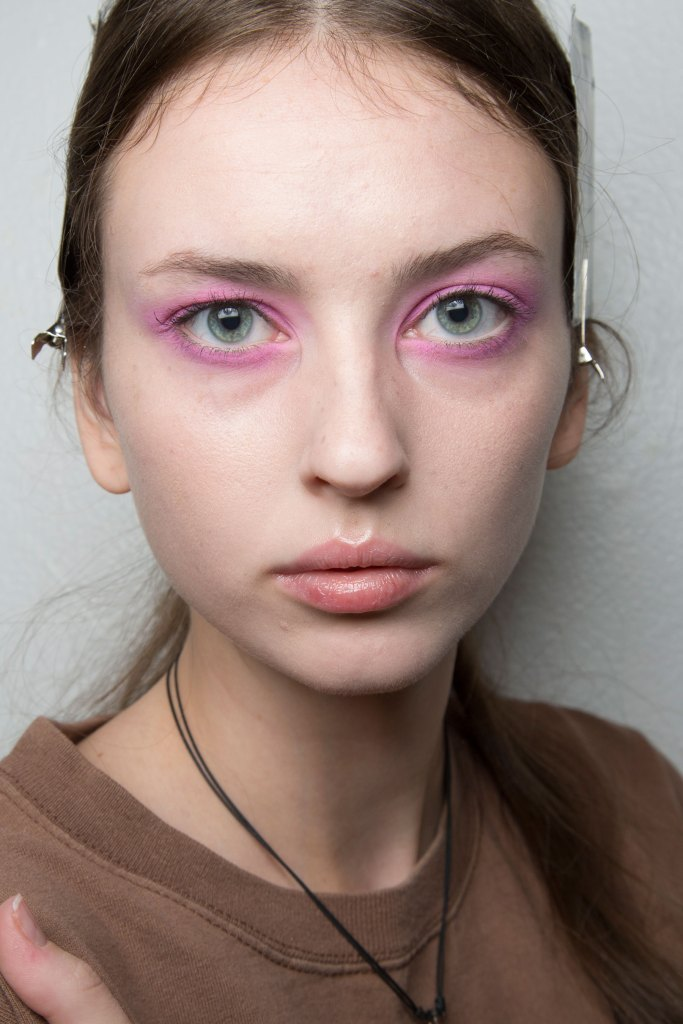 Jill-Stuart-backstage-beauty-spring-2016-fashion-show-the-impression-34