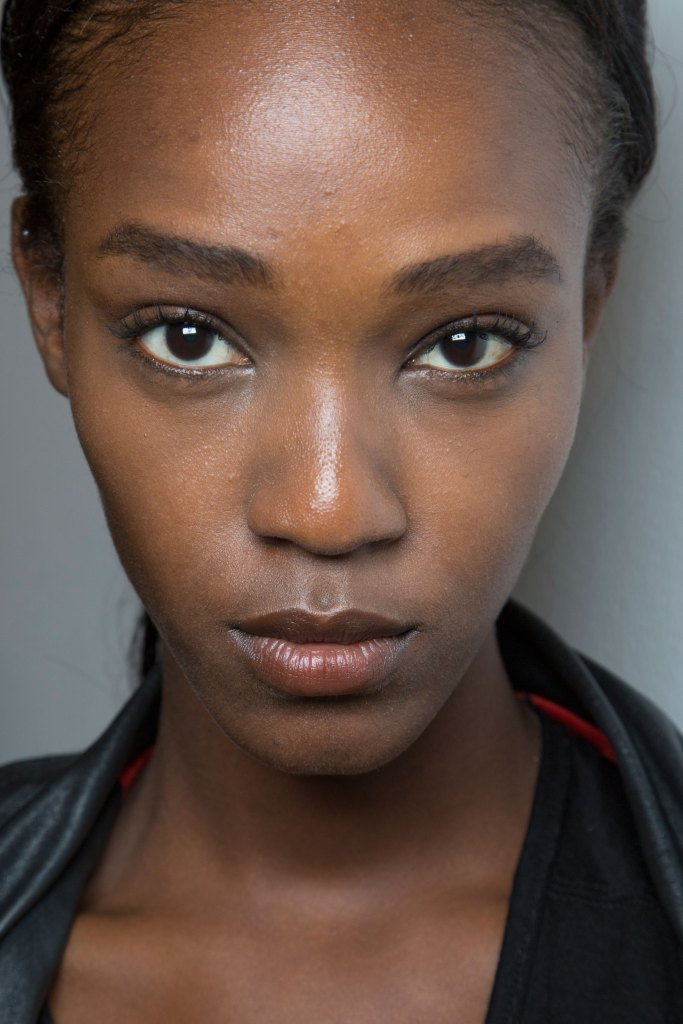 Jill-Stuart-backstage-beauty-spring-2016-fashion-show-the-impression-40