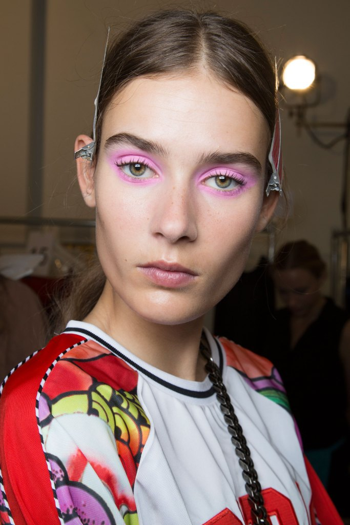 Jill-Stuart-backstage-beauty-spring-2016-fashion-show-the-impression-44