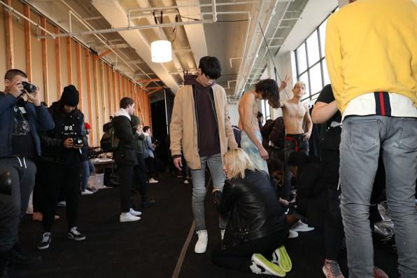John-Elliott-Fall-2017-mens-fashion-show-backstage-the-impression-046