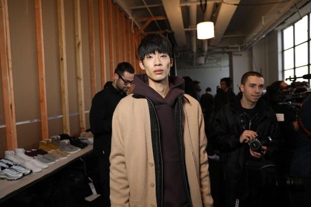 John-Elliott-Fall-2017-mens-fashion-show-backstage-the-impression-055