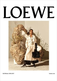 Loewe-ad-campaign-fall-2016-the-impression-01