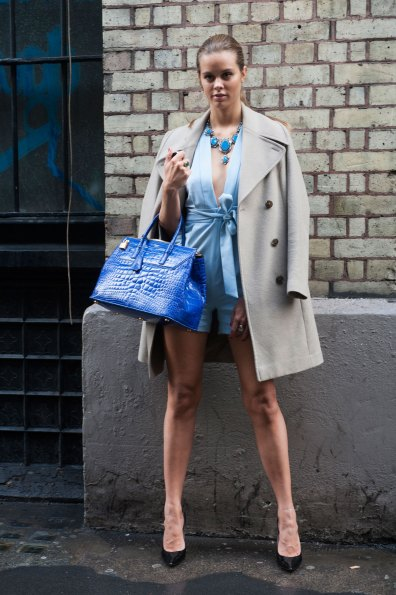 London-Fashion-Week-Street-Style-Day-1-spring-2016-the-impression-039