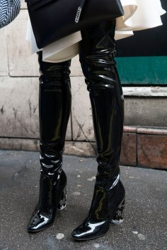London-Fashion-Week-Street-Style-Day-1-spring-2016-the-impression-047