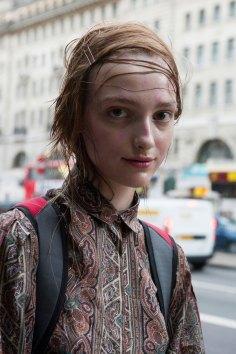 London-fashion-week-street-Style-Day-3-spring-2016-fashion-show-the-impression-038