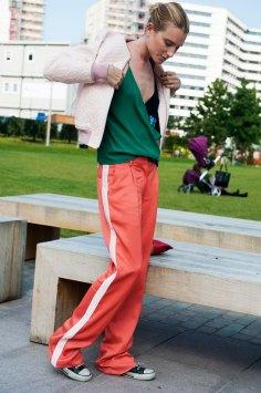 London-fashion-week-street-Style-Day-3-spring-2016-fashion-show-the-impression-059