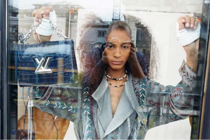 Louis-Vuitton-Strange-days-spring-2016-lookbook-the-impression-12