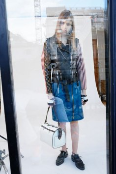 Louis-Vuitton-Strange-days-spring-2016-lookbook-the-impression-16