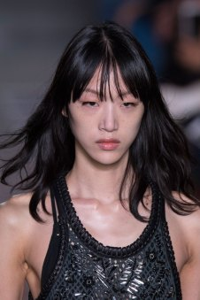 Louis-Vuitton-spring-2016-runway-beauty-fashion-show-the-impression-21