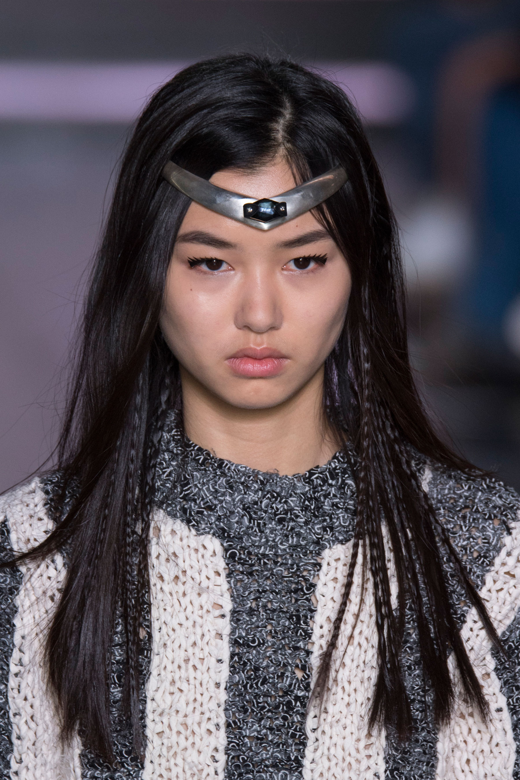 Louis-Vuitton-spring-2016-runway-beauty-fashion-show-the-impression-24