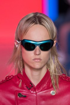 Louis-Vuitton-spring-2016-runway-beauty-fashion-show-the-impression-54
