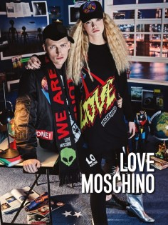Love-Moschino-Fall-Winter-2016-Campaign02