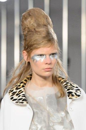 Maison-Margiela-spring-2016-runway-beauty-fashion-show-the-impression-004