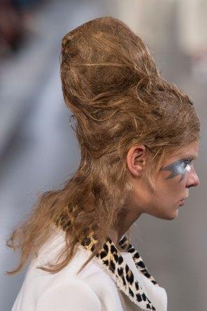 Maison-Margiela-spring-2016-runway-beauty-fashion-show-the-impression-040