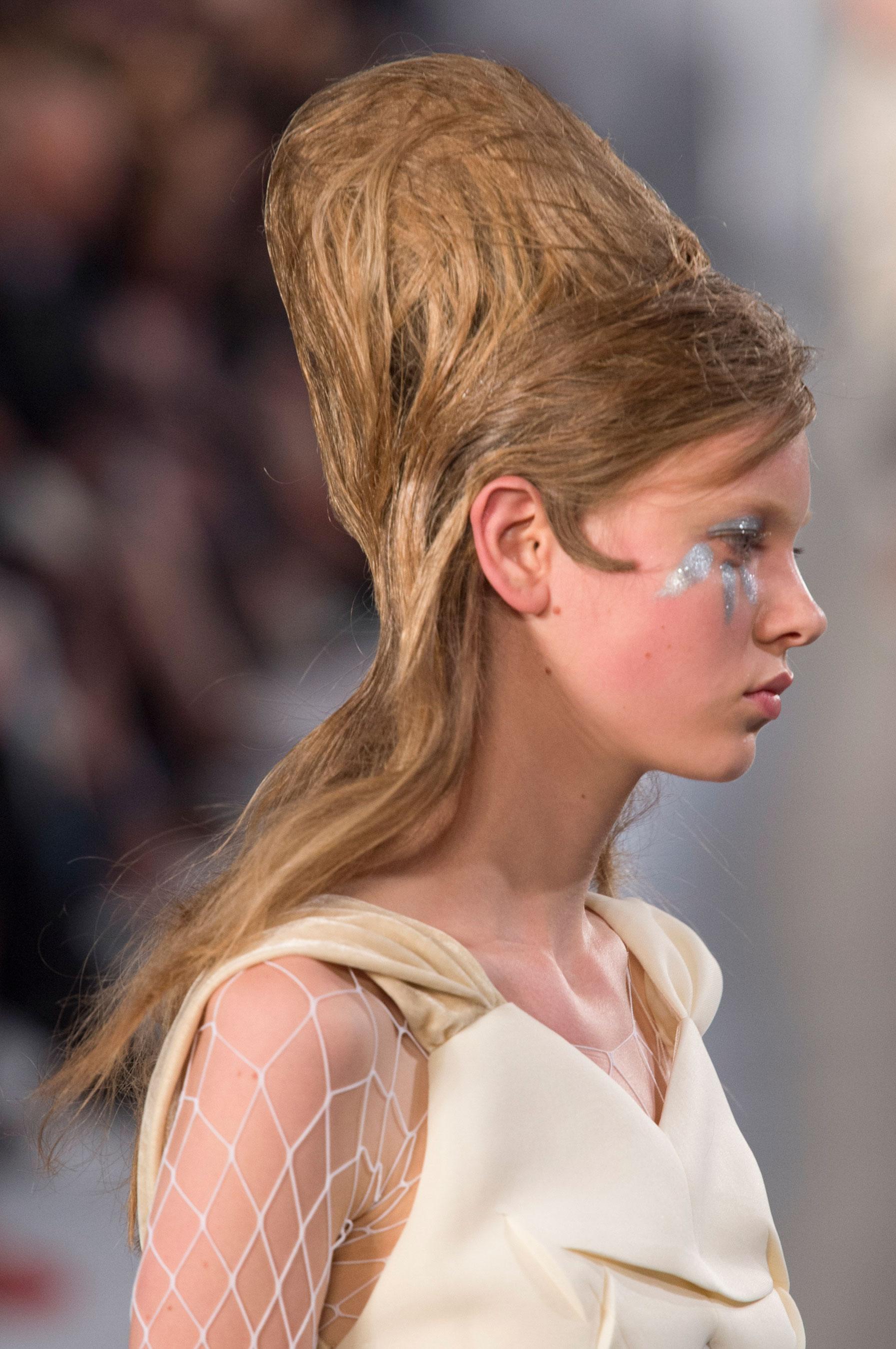 Maison-Margiela-spring-2016-runway-beauty-fashion-show-the-impression-042