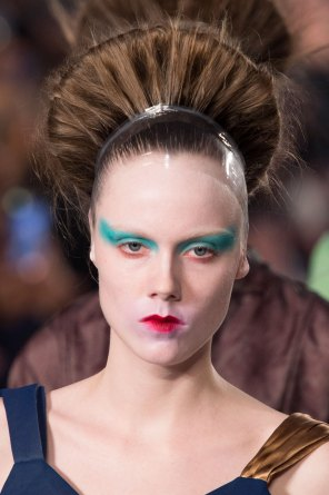 Maison-Margiela-spring-2016-runway-beauty-fashion-show-the-impression-081