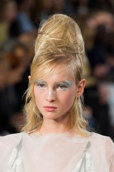 Maison-Margiela-spring-2016-runway-beauty-fashion-show-the-impression-095